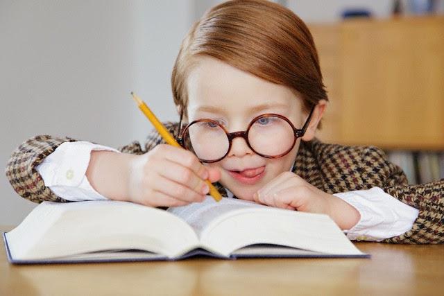 Ilentes Criança Com óculos