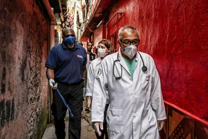 2020 04 02t163354z 1427572675 Rc2gwf9ssw3q Rtrmadp 3 Health Coronavirus Brazil Favela E1585847663201 1